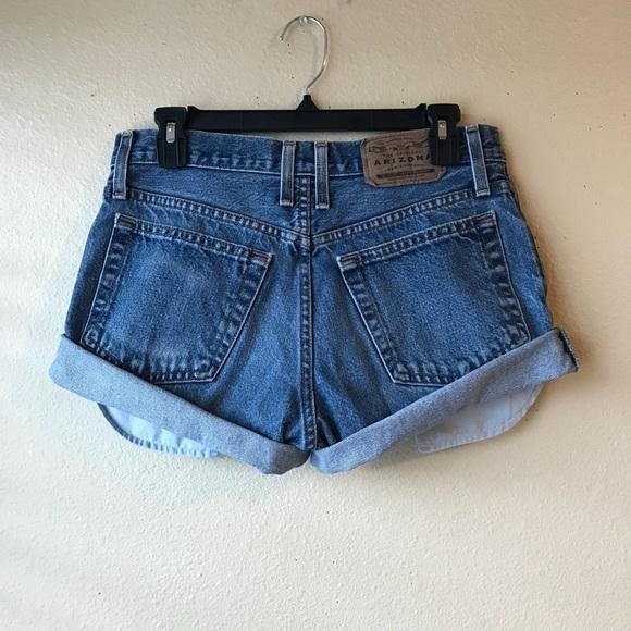 b5704c6374 Vintage High Waisted Shorts. M_5b1b3ec7f63eeac698568d4f
